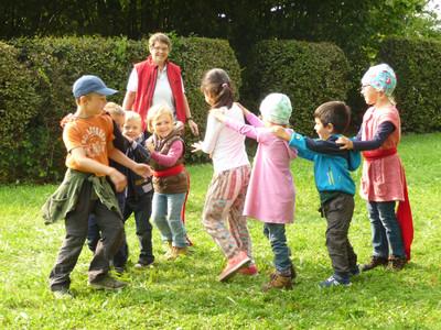 Draußenspielen im Modelltandem Plochingen
