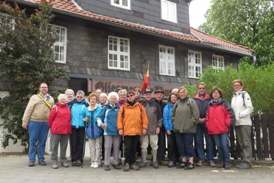 """In Braunschweig hatte der Glatzer Gebirgs-Verein (GGV) zwei geführte Wanderungen auf einem interessanten Abschnitt des """"Kleine-Dörfer-Wegs"""" um Braunschweig angeboten."""