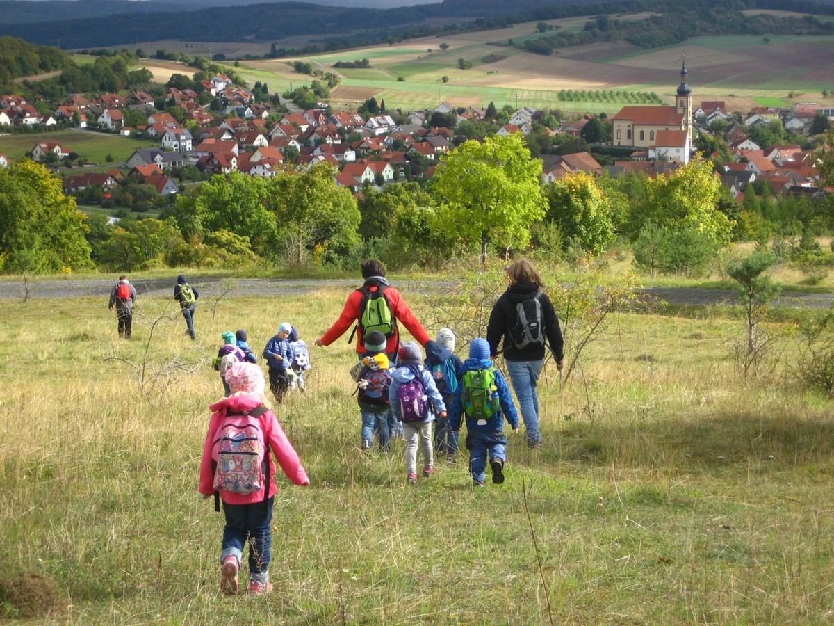 Auf Kita-Wanderung in Unterelsbach